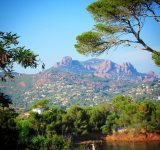 massif-cristallin-esterel-plage-camp-long