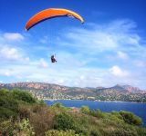 Rencontre_inattendue_au_cap_Dramont.__parapente__visitesterel__cotedazurnow__routard__paragliding__gleitschirmfliegen__parapendio__agay__esterel__paysage__hobby