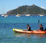 enfants-kayak-canoe-mer-plage-loisir-vacance-agay-var