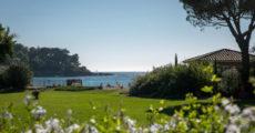Bastidons-coté-jardin-vue-mer