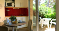 Bastidons-interieur-cuisine